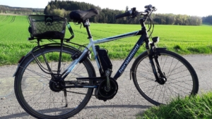E-Bike vor einer schönen Kulisse