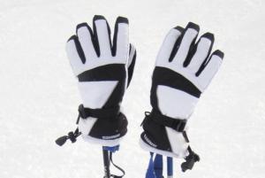 Beheizbare Handschuhe im Schnee