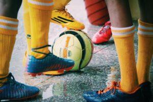 Fußball gehört zu den beliebtesten Ballsportarten. Foto: _AkG via Twenty20